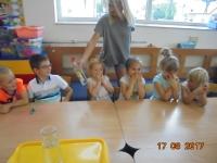 Tydzień Eksperymentów w przedszkolu. Zdjęcia wspólne 14-17.08.2017