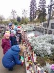 Odwiedzamy groby. Zdjęcia wspólne 02.11.2017