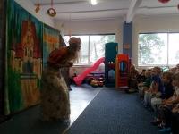 Teatrzyk w przedszkolu _Złota rybka_ Zdjęcia wspólne