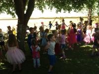Zabawa taneczna w ogrodzie_9