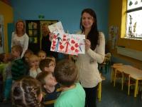 Julia Olędzka (finalistka mam talent) z wizytą w przedszkolu_2