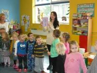 Julia Olędzka (finalistka mam talent) z wizytą w przedszkolu_4