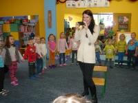 Julia Olędzka (finalistka mam talent) z wizytą w przedszkolu_8