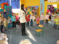Julia Olędzka (finalistka mam talent) z wizytą w przedszkolu_9