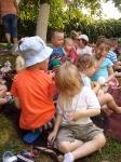 Piknik w przedszkolnym ogródku